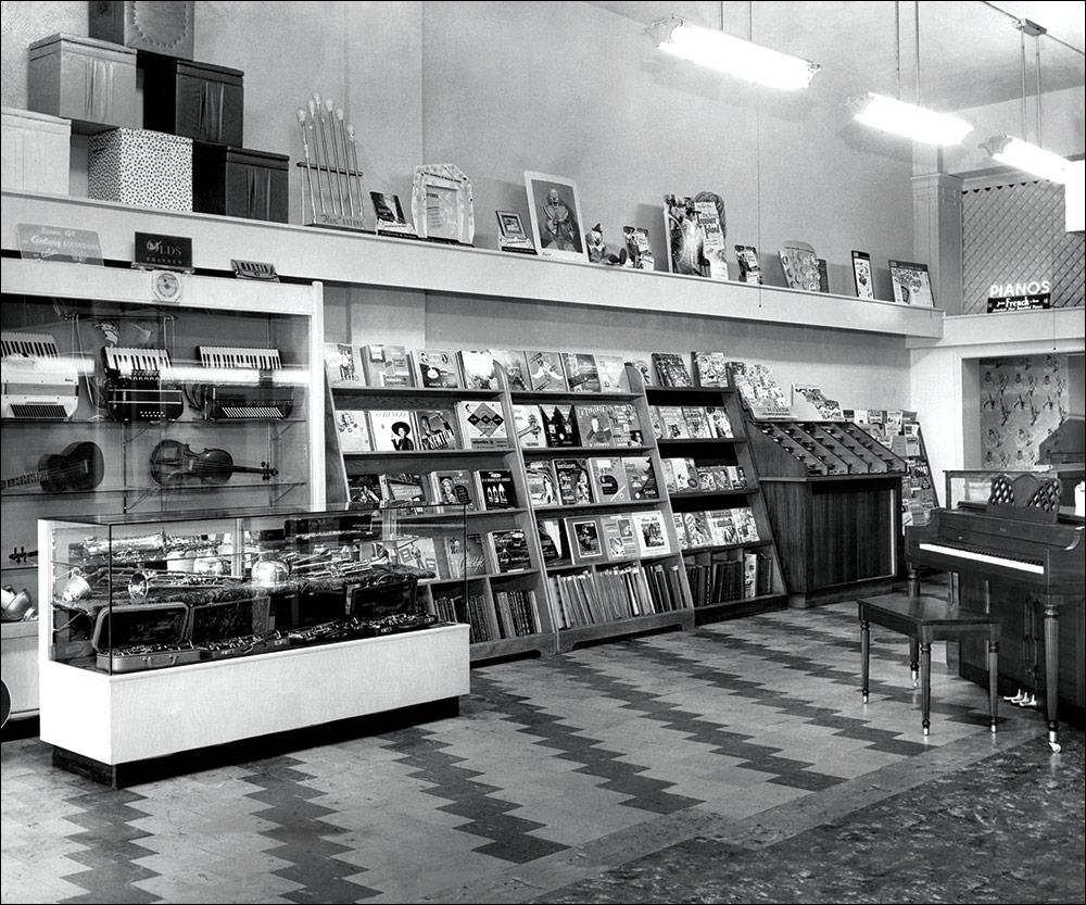 Hansen Music Old Store Since 1947